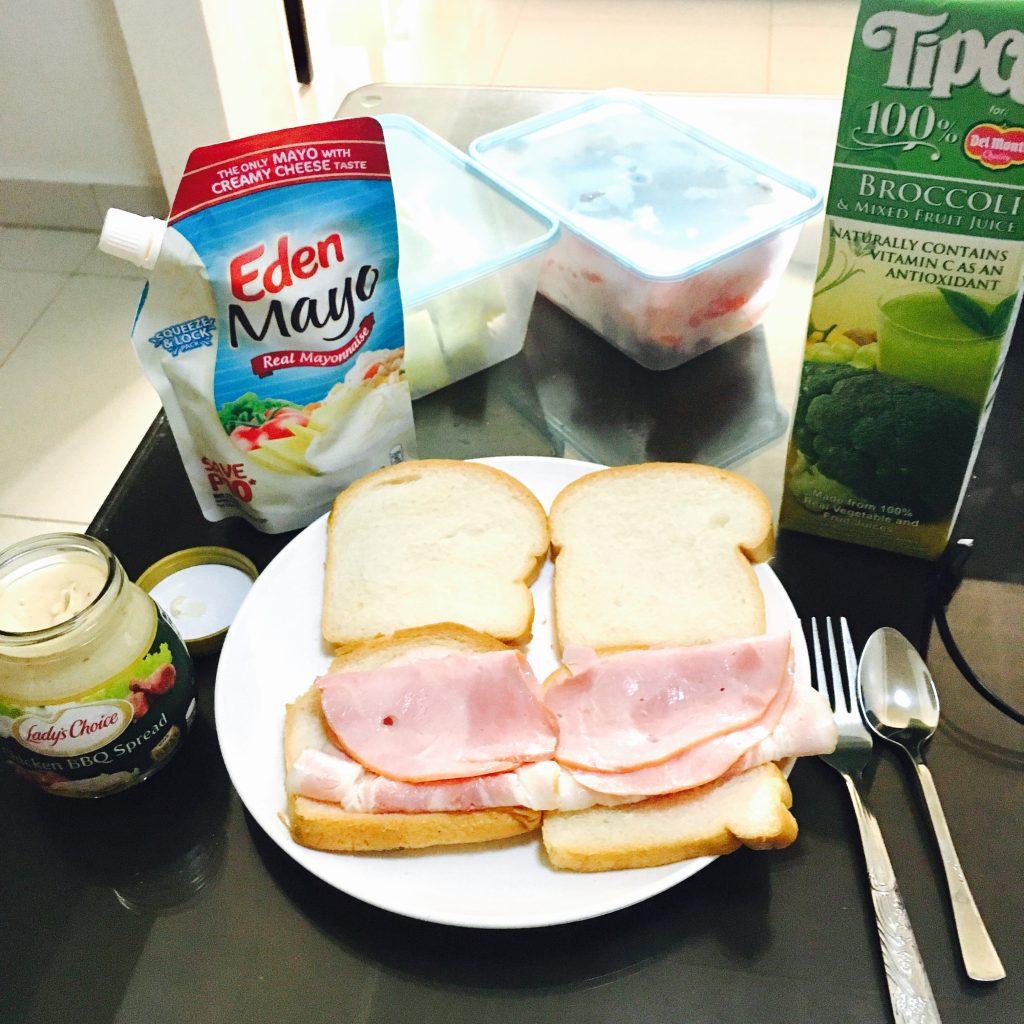セブ島での朝ごはんは自炊しています